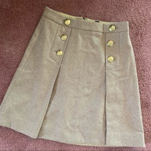 NWT J Crew Gold Button Pleated Skirt 00
